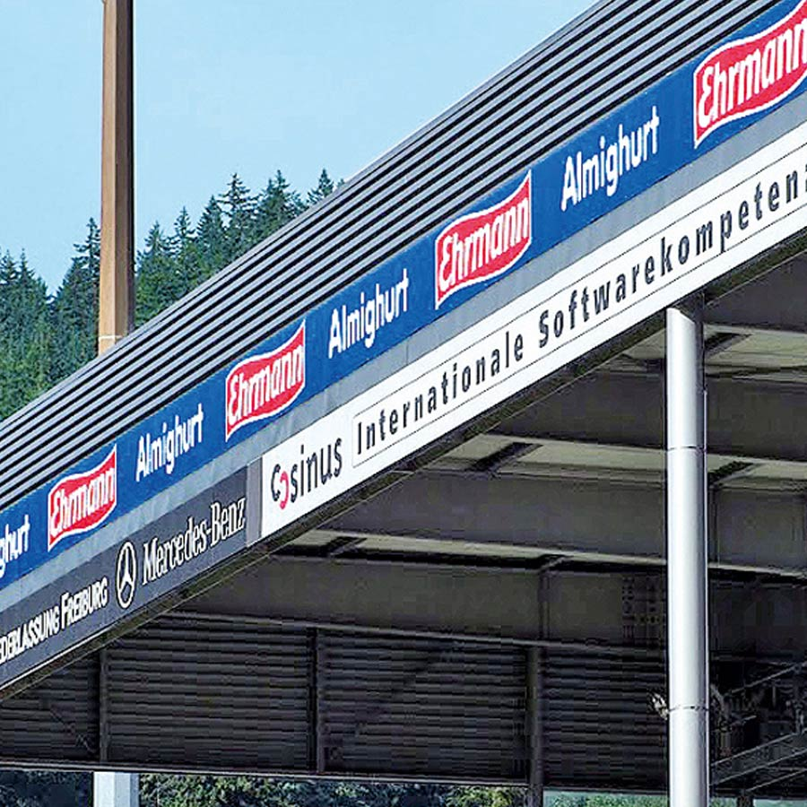 Beispiel Ehrmann Werbeschilder für indoor und outdoor gefertigt von RETE in Freiburg und Emmendingen