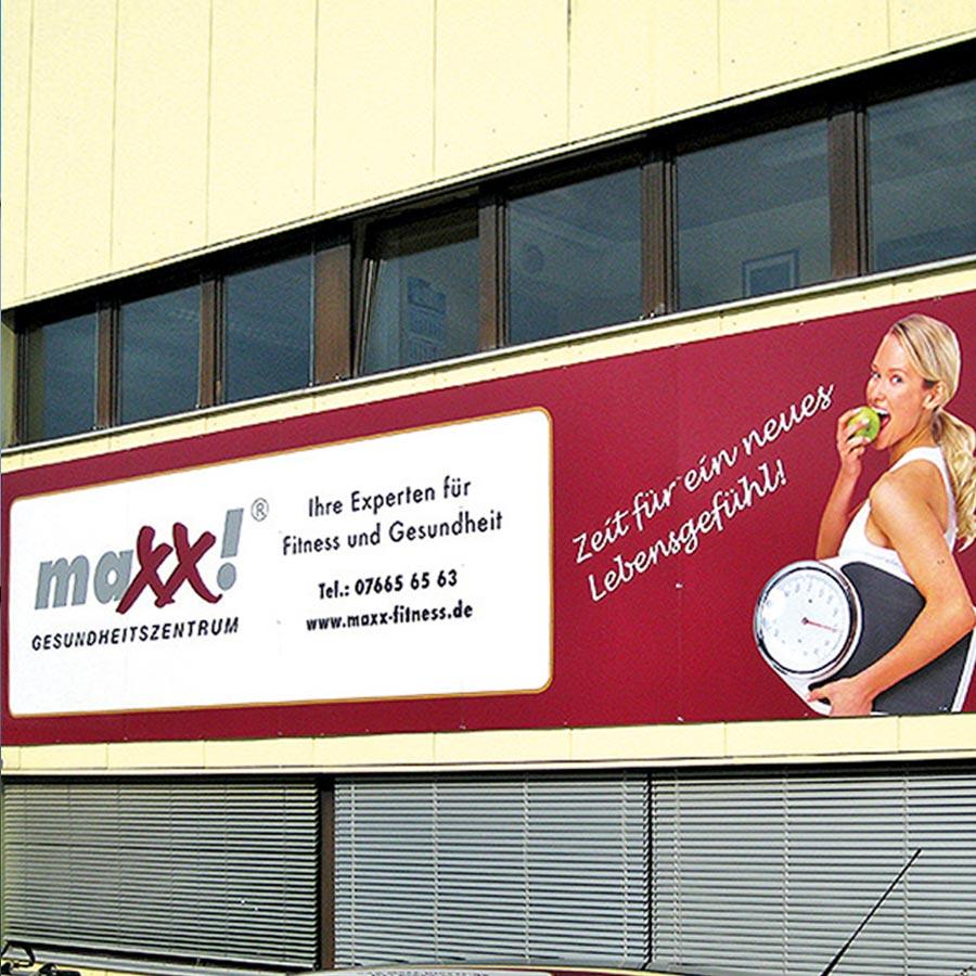 Werbeschilder für indoor und outdoor maxx!