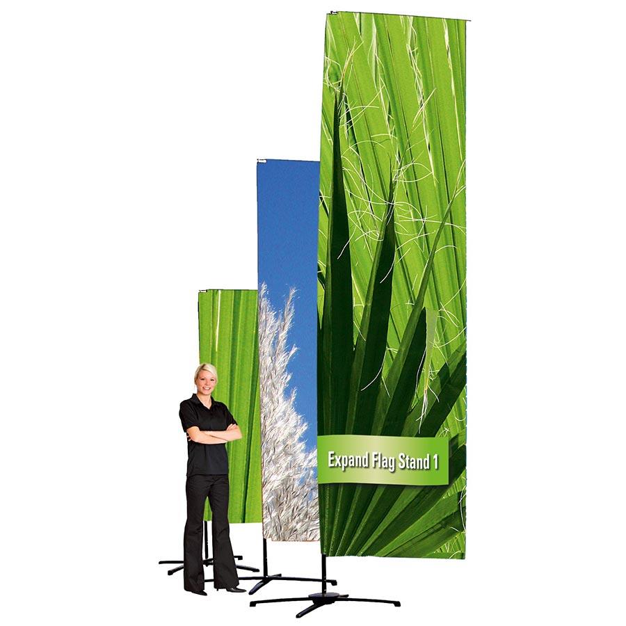 Die mobile Outdoor Expand Flag Stand 1 von Medienhaus RETE