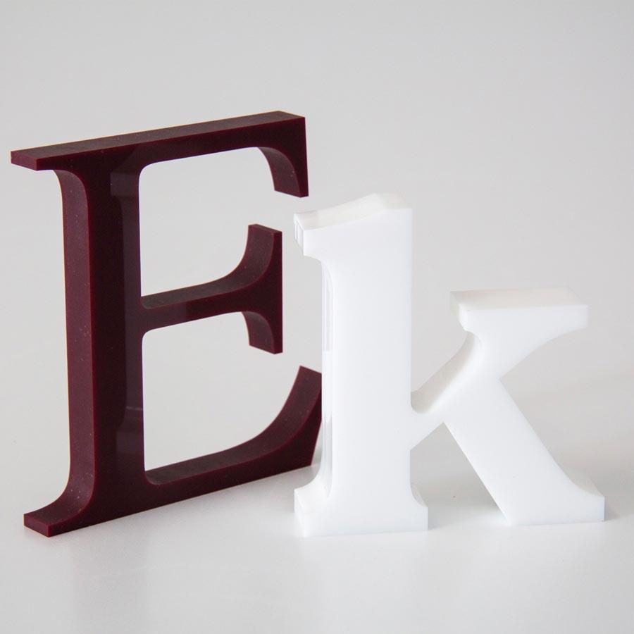 """3D-Buchstaben """"E"""" und """"k"""" gefertigt von RETE"""