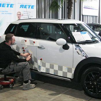 Fahrzeugfolierungen Mini Countryman bekleben Muster
