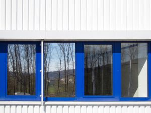 Sonnenschutzfolien zur Senkung der Raumtemperatur