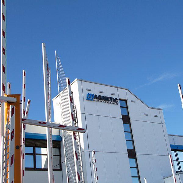 3D Anlage für Firmengebäude_Firmenbeschriftung