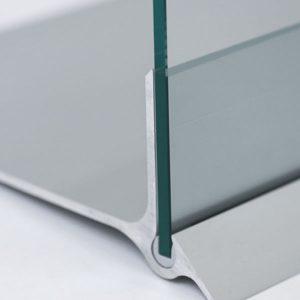 Prospektständer aus Glas