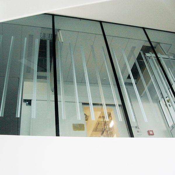 Fensterverklebung Forschungszentrum IMITATE Fensterverklebung